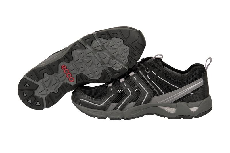 ... zu Ecco Ultra Terrain 1.1 Schuhe schwarz grau Herren Sportschuhe NEU