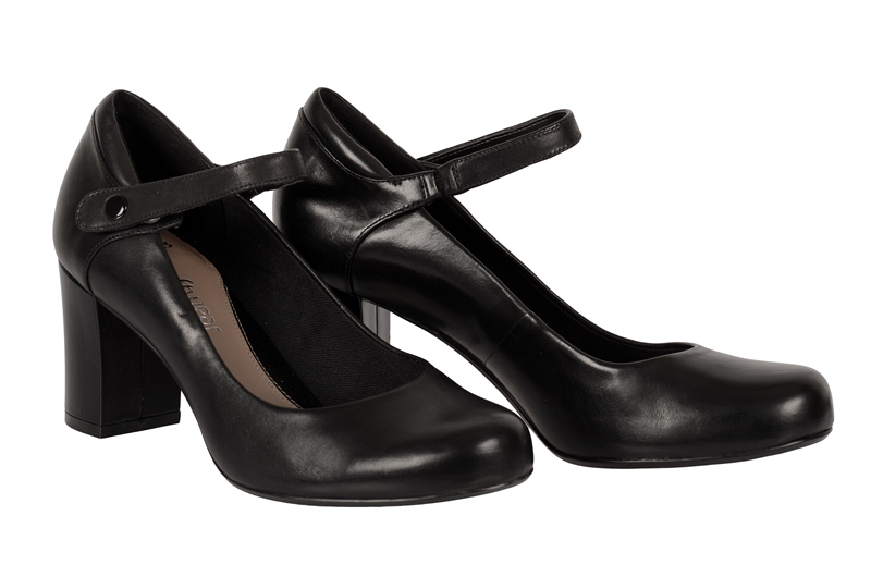 clarks deva dolly riemchen pumps in schwarz glattleder. Black Bedroom Furniture Sets. Home Design Ideas